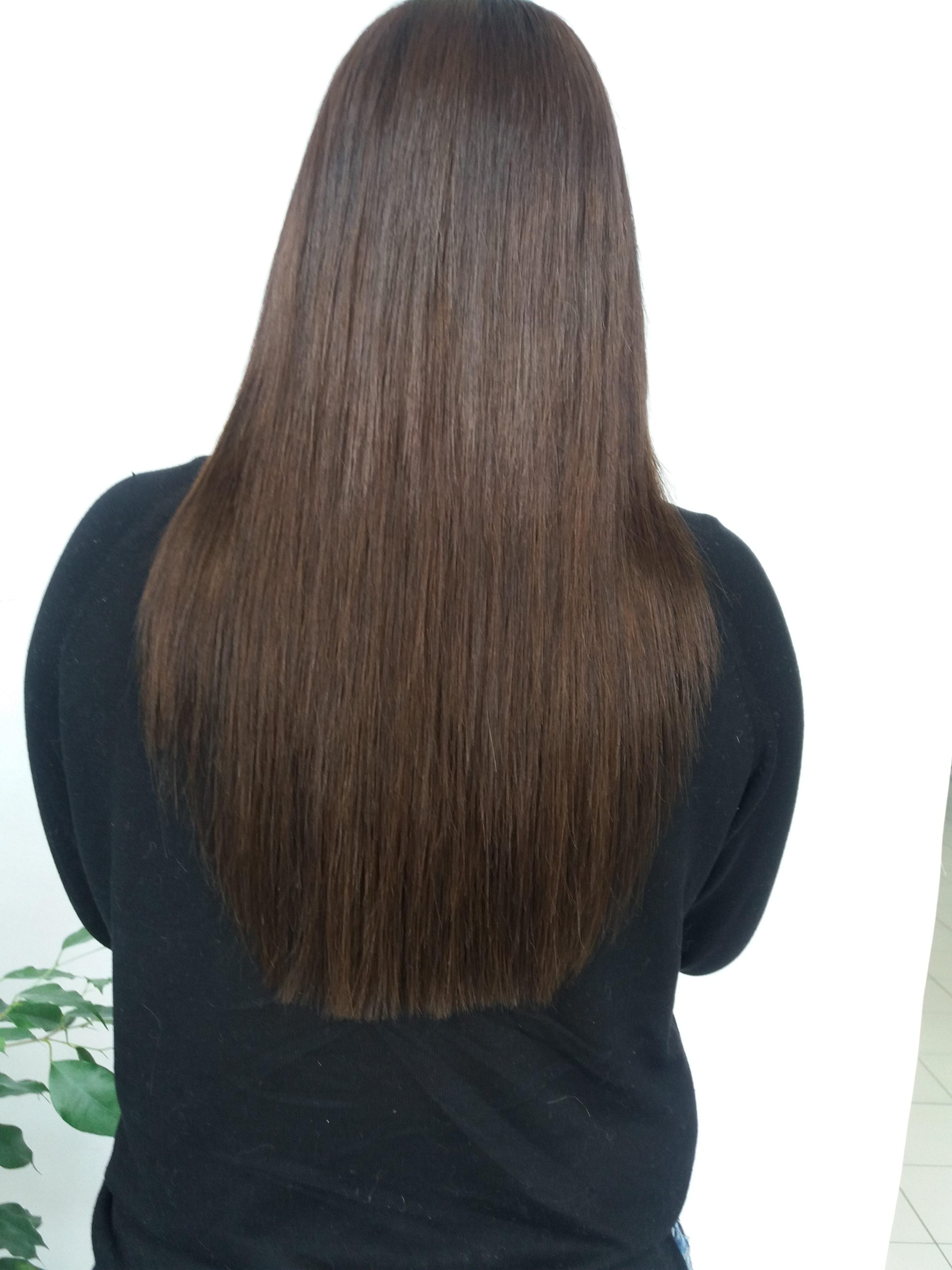 Utilisez son fer à lisser avec ses extensions de cheveux