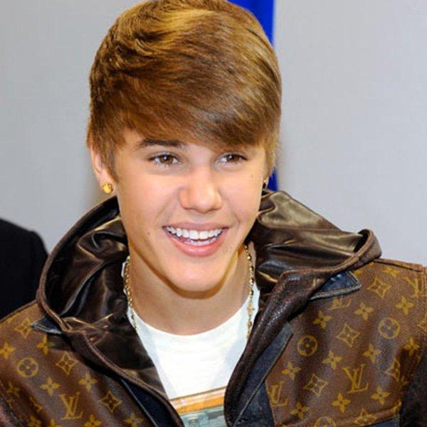 Justin Bieber et le retour du hairflip !